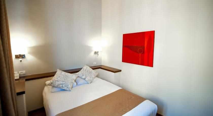 חדר מלון ארט גלרי חיפה