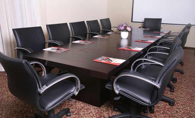 חדר ישיבות קראון פלאזה חיפה