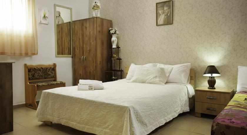 חדר מלון לואי בחיפה