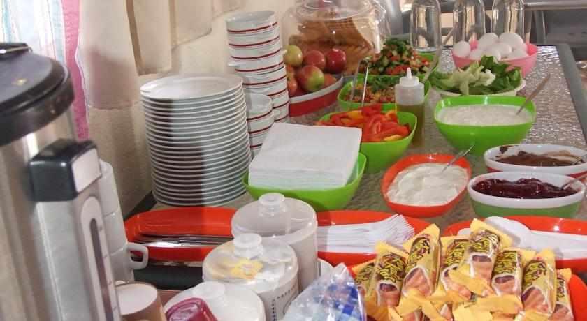 ארוחת בוקר מלון סי פלאזה חיפה