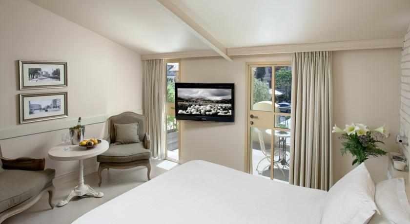 חדר זוגי מלון טמפלרס חיפה